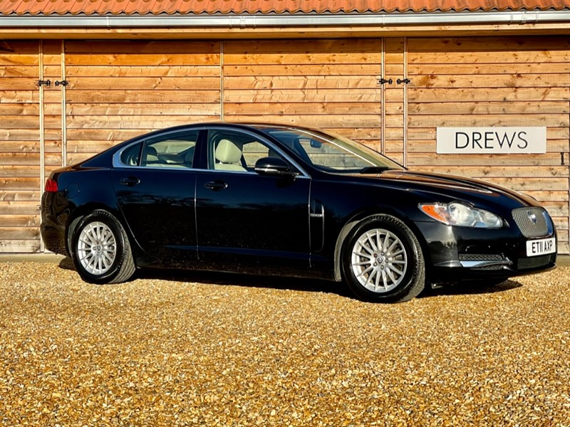 Used Jaguar XF 3.0 D EXECUTIVE EDITION Automatic Just Serviced And New MOT in Berkshire