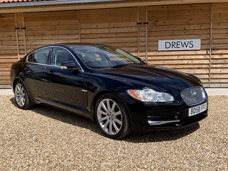 Used Jaguar XF V6 PREMIUM LUXURY Sat Nav Heated Leather Seats New Tyres in Berkshire