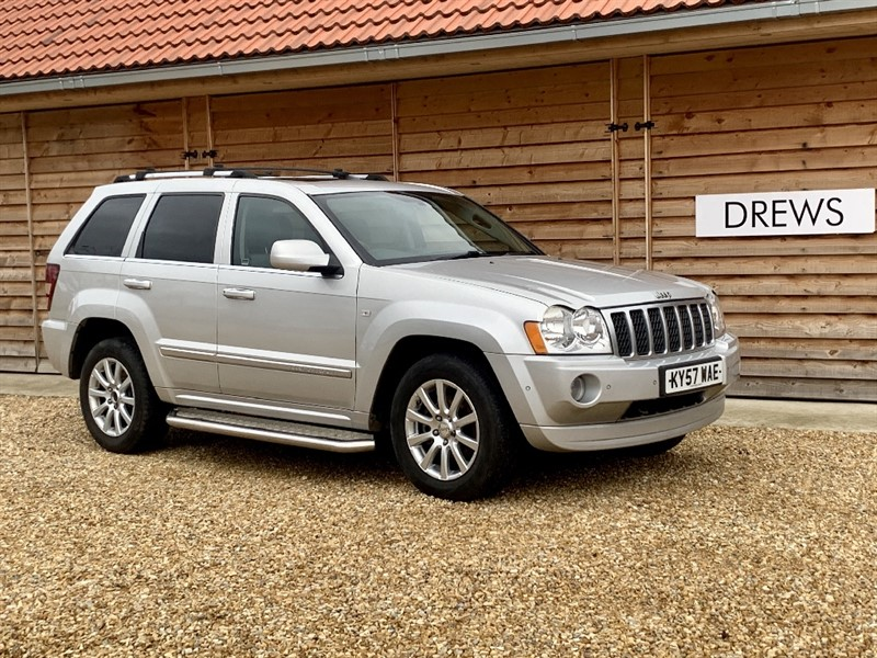Used Jeep Grand Cherokee 3.0 CRD OVERLAND Great Spec Nice History in Berkshire