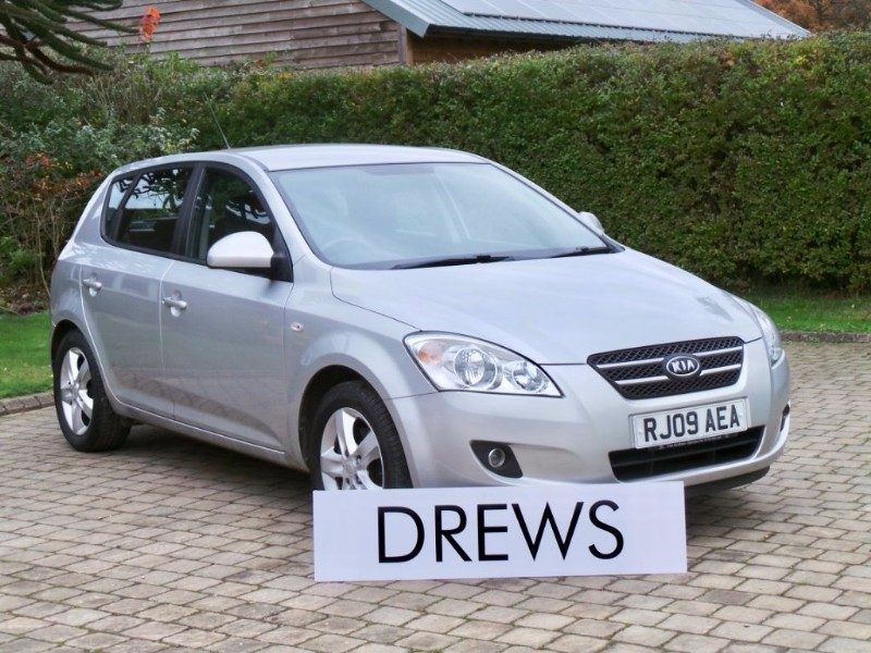 Used Kia Ceed SR-7 One Owner & Full Service History in Berkshire