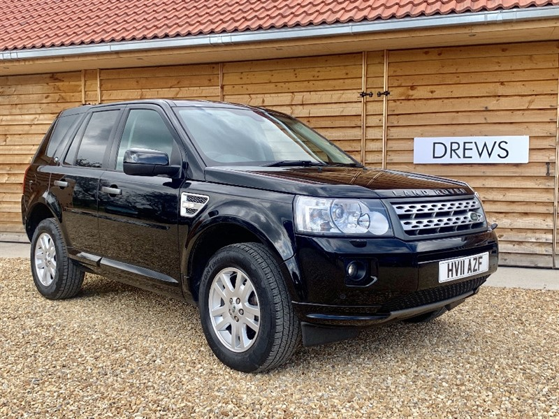 Used Land Rover Freelander 2 SD4 XS Automatic Sat Nav Heated Seats Factory Bluetooth F&R Parking Sensors in Berkshire