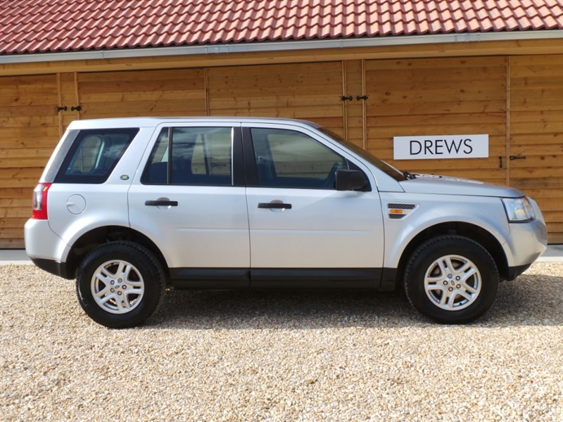 Used Land Rover Freelander TD4 S 8 Services March MOT Great To Drive in Berkshire