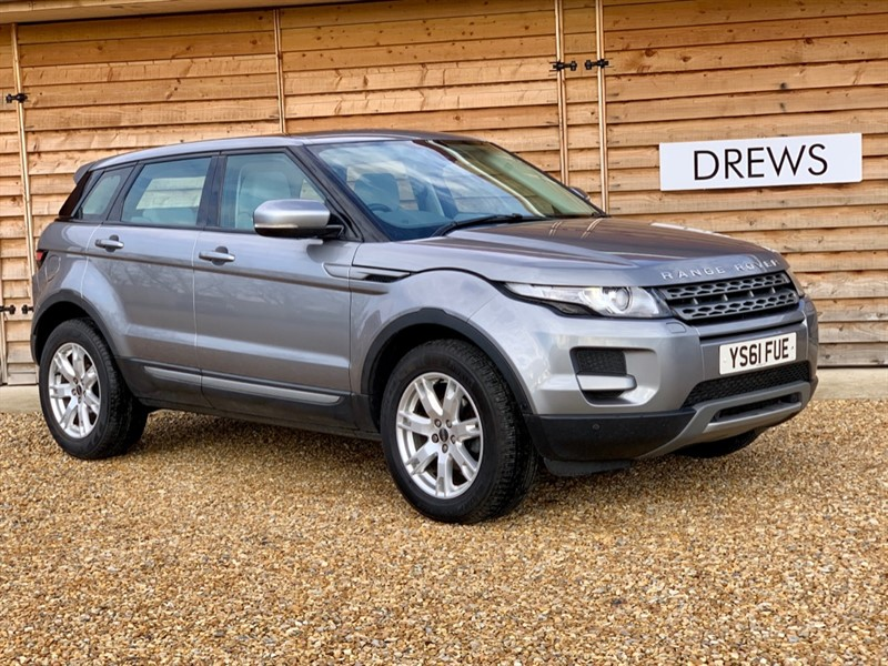 Used Land Rover Range Rover Evoque SD4 PURE TECH Panoramic Roof Sat Nav in Berkshire