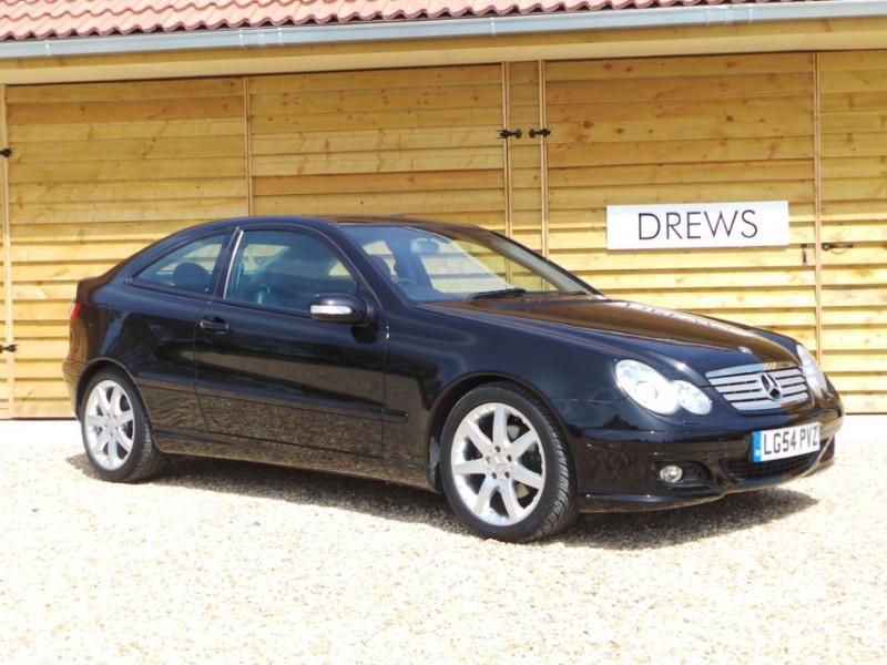 Used Mercedes C200 SE SPORTS 15k Miles Evo Coupe One Owner Very Low Mileage in Berkshire