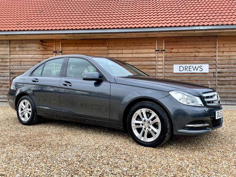 Used Mercedes C200 CDI BLUEEFFICIENCY EXECUTIVE SE Auto Immaculate Condition £155 Tax in Berkshire