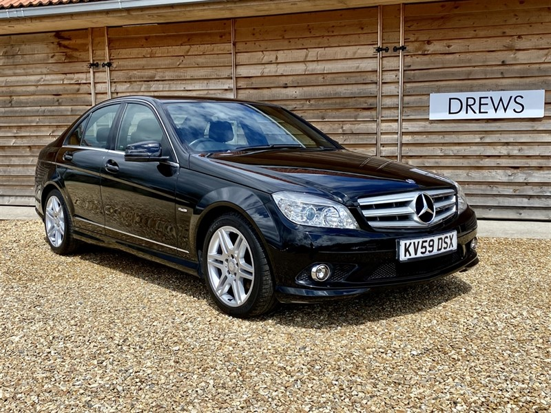 Used Mercedes C220 2.2 CDI SPORT Manual 10 Main Dealer Services Heated Leather Seats in Berkshire