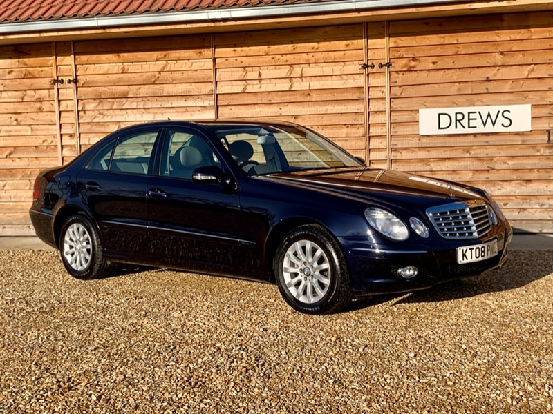 Used Mercedes E220 CDI ELEGANCE Beautiful Example 10 Services in Berkshire