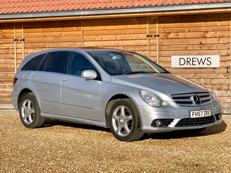 Used Mercedes R320 CDI SPORT Auto Sat Nav Front and Rear Parking Sensors in Berkshire