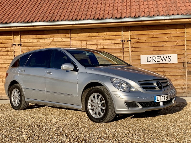 Used Mercedes  R350L SE One Owner Full Mercedes S/History £8500 Factory Fitted Options in Berkshire