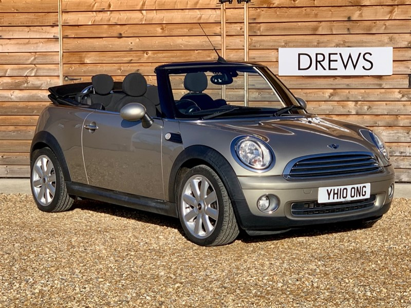 Used MINI Convertible 1.6 COOPER Petrol Heated Seats 7 Main Dealer Services in Berkshire