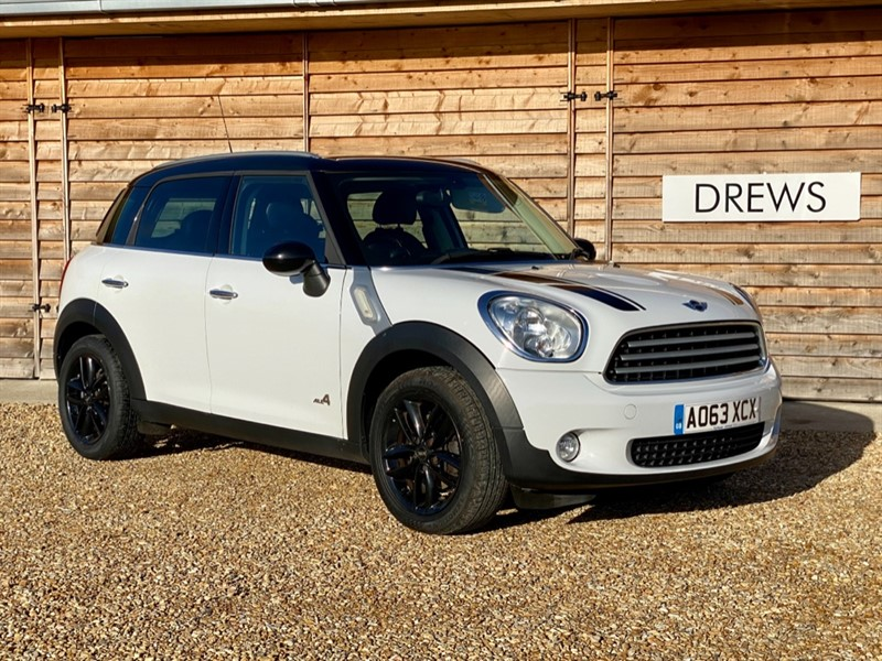 Used MINI Countryman COOPER D ALL4 £5k Factory Fitted Options in Berkshire