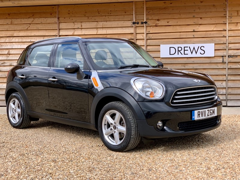 Used MINI Countryman 1.6 Petrol COOPER Automatic Just Serviced New MOT in Berkshire