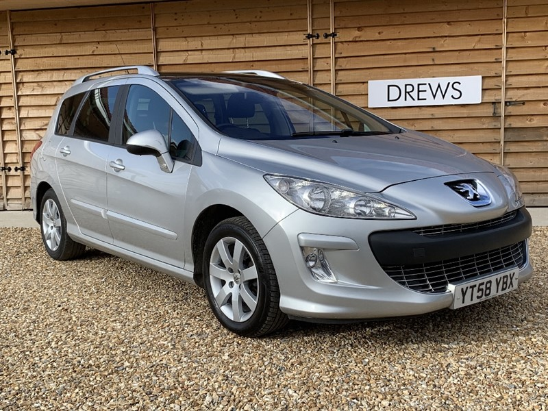 Used Peugeot 308 HDI SW SE 7 Seat FSH 9 Services in Berkshire