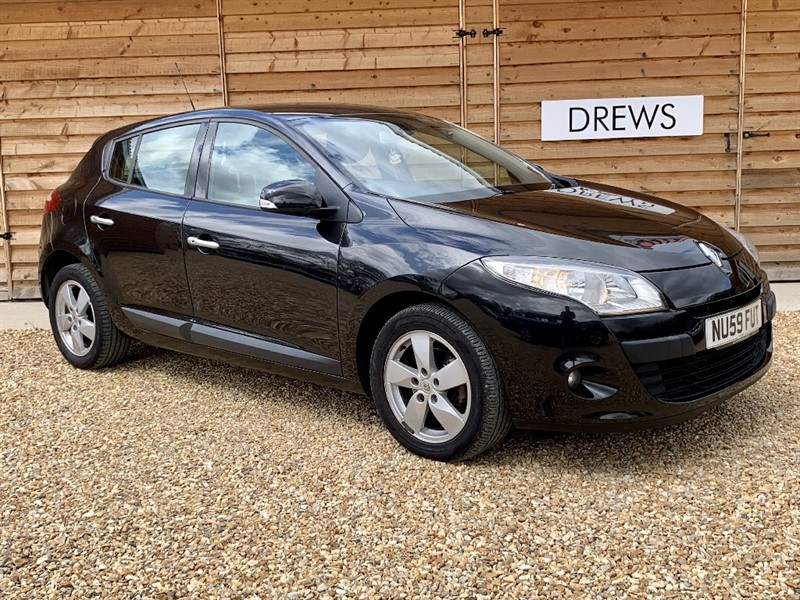 Used Renault Megane DYNAMIQUE DCI £30 Tax Bluetooth and Cruise control 60 MPG in Berkshire