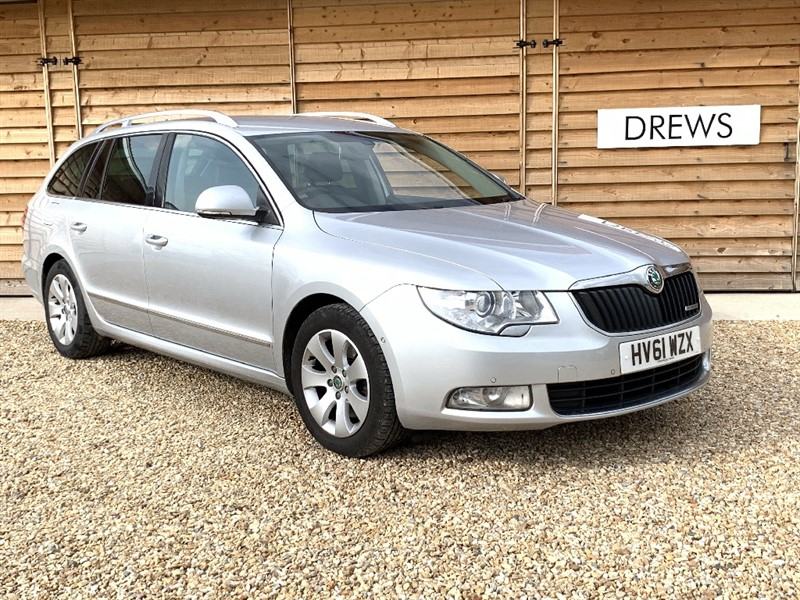 Used Skoda Superb ELEGANCE GREENLINE II TDI CR Sat Nav Heated Leather in Berkshire