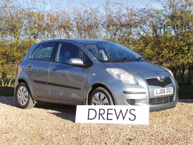 Used Toyota Yaris T3 VVT-I One Owner 11 Services in Berkshire