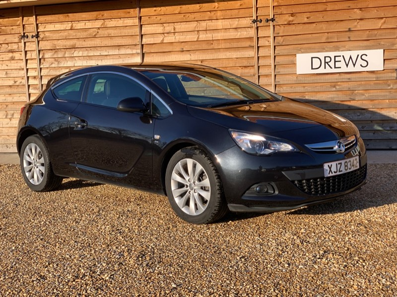 Used Vauxhall Astra GTC SRI CDTI Coupe Auto Just Serviced New MOT in Berkshire