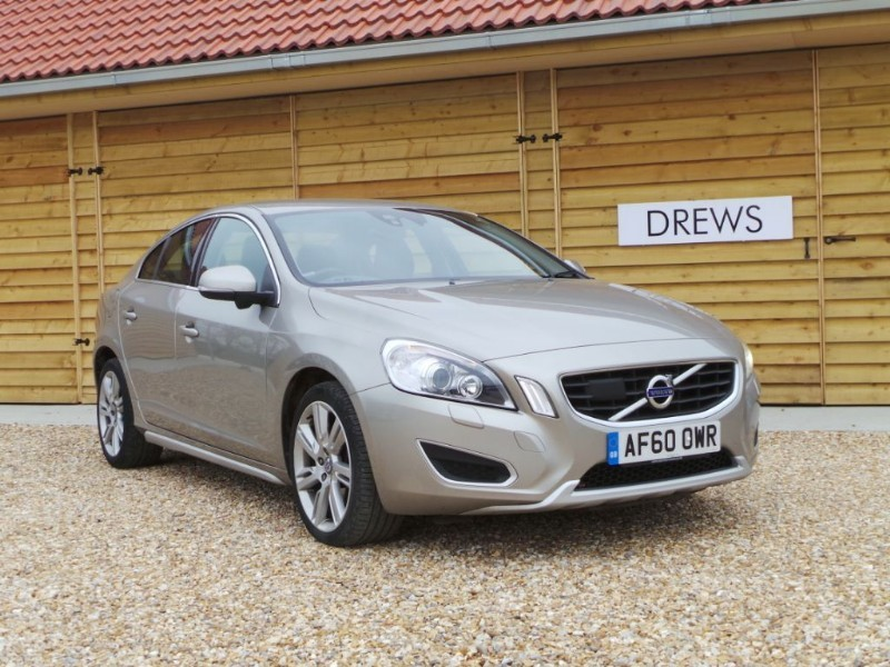 Used Volvo S60 D3 SE LUX Facelift £7500 Factory Options in Berkshire