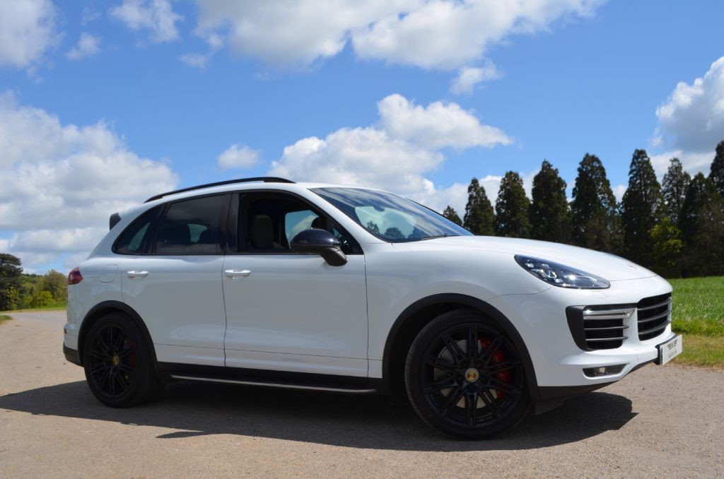 Used Pearl White Porsche Cayenne For Sale Buckinghamshire