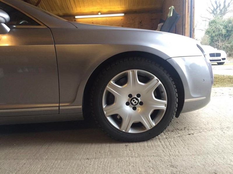 used Bentley Continental snow tyres ONLY in marlow-buckinghamshire
