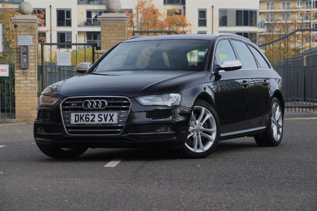 used Audi A4 S4 AVANT QUATTRO in battersea-south-london