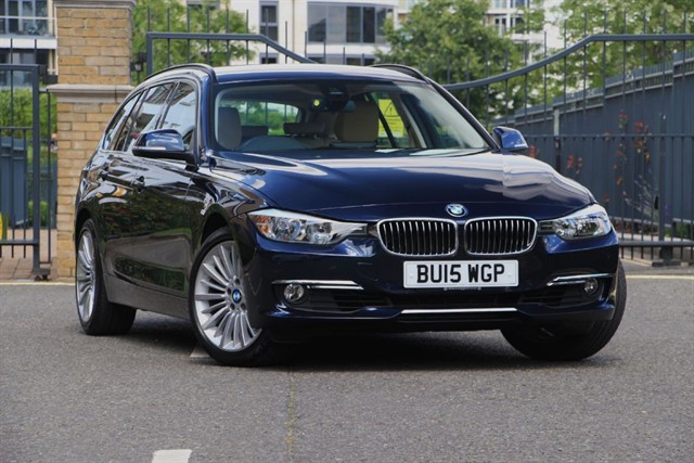 used BMW 320i LUXURY TOURING in battersea-south-london