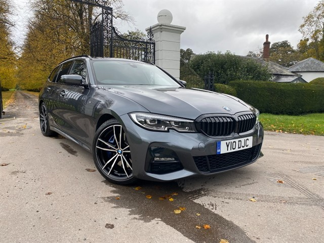 used BMW 330i M SPORT TOURING in battersea-south-london