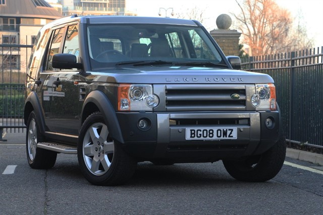 used Land Rover Discovery TDV6 HSE E4 in battersea-south-london