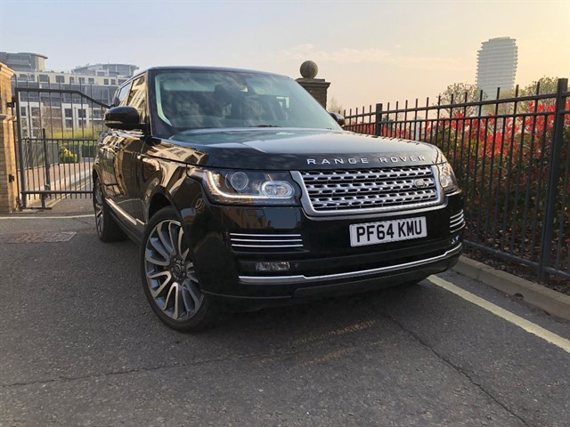 used Land Rover Range Rover SDV8 AUTOBIOGRAPHY in battersea-south-london