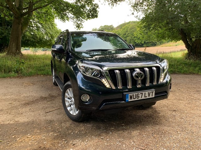 used Toyota Land Cruiser D-4D INVINCIBLE in battersea-south-london