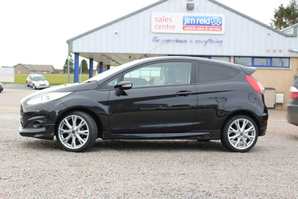 used Ford Fiesta ZETEC S in aberdeen-scotland