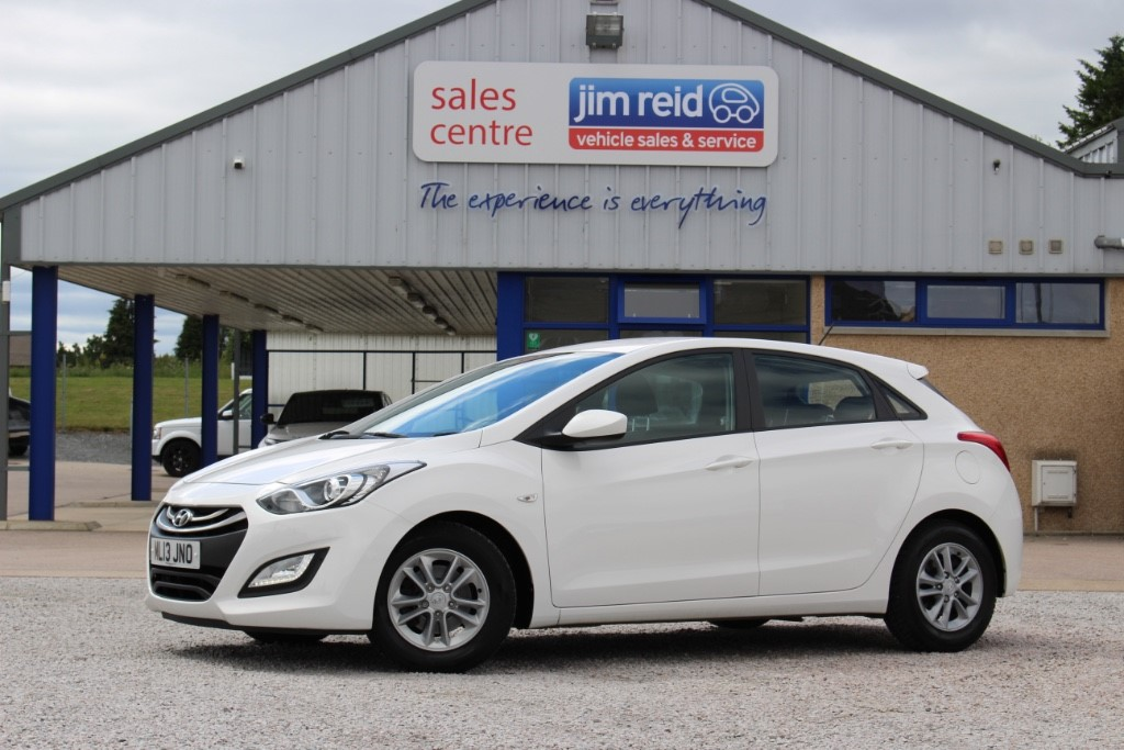 used Hyundai i30 1.6 CRDi [109] 5dr manual in aberdeen-scotland
