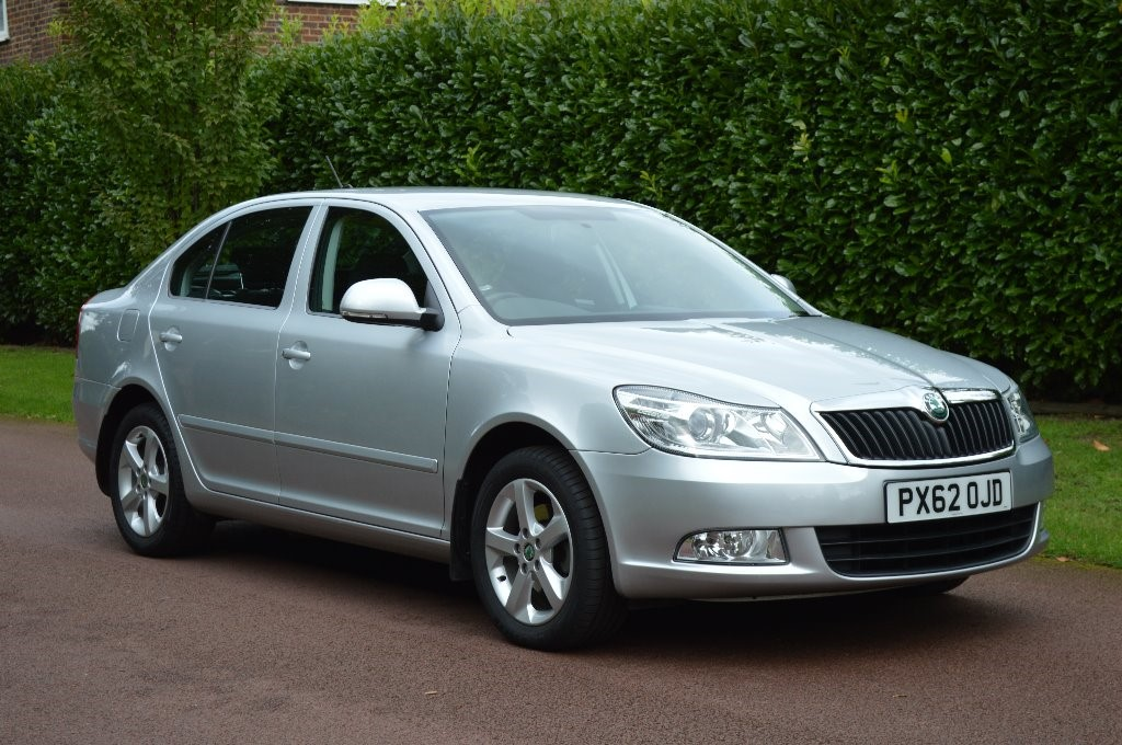 used Skoda Octavia SE TDI CR DSG in hersham-surrey