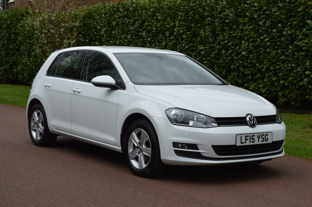 used VW Golf MATCH TDI BLUEMOTION TECHNOLOGY DSG in hersham-surrey