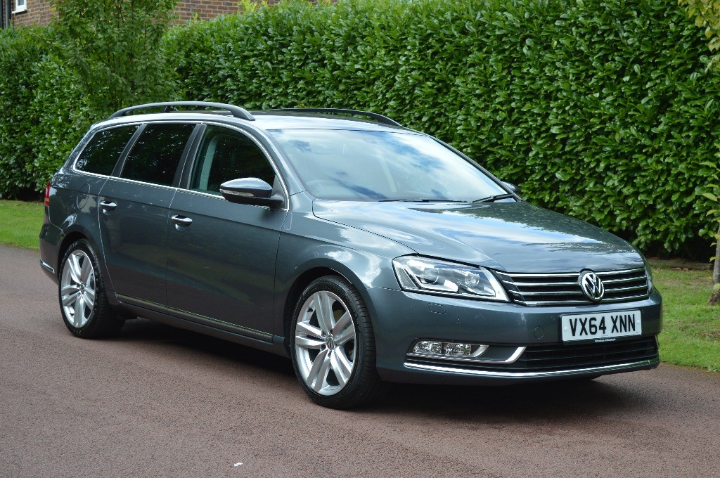 used VW Passat EXECUTIVE STYLE TDI BMT in hersham-surrey