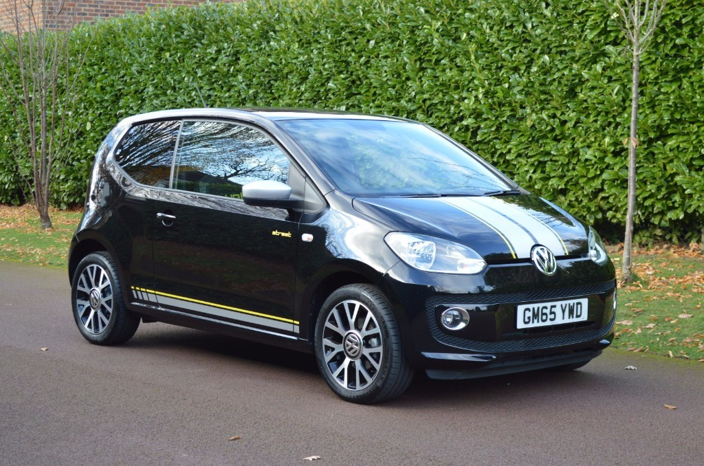 used VW Up STREET UP in hersham-surrey