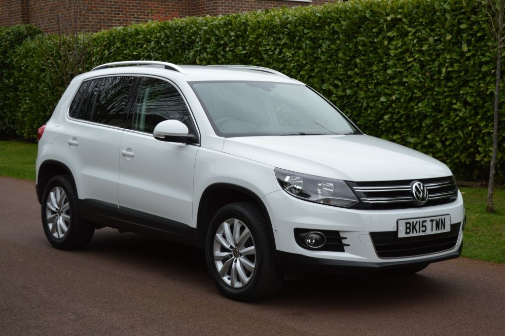 used VW Tiguan MATCH TDI BLUEMOTION TECH 4MOTION DSG in hersham-surrey