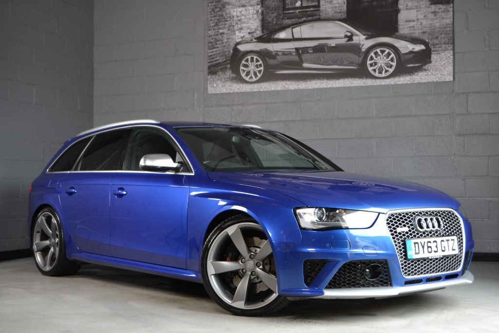 used sepang blue audi rs4 avant for sale buckinghamshire. Black Bedroom Furniture Sets. Home Design Ideas