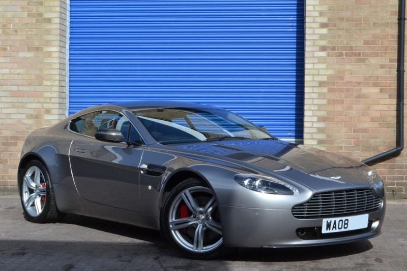 used Aston Martin Vantage V8 Vantage Sportshift Sport pack in buckinghamshire
