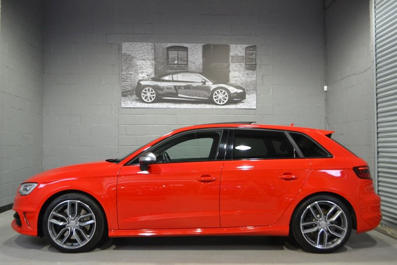 used Audi S3 Sportback TFSI quattro 300PS. Pan roof, Camera, Super low miles in buckinghamshire