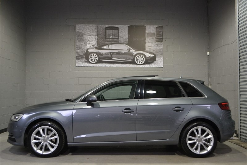 used Audi A3 Sportback TDI quattro Sport 184PS. Panoramic sunroof, Camera, loaded! in buckinghamshire