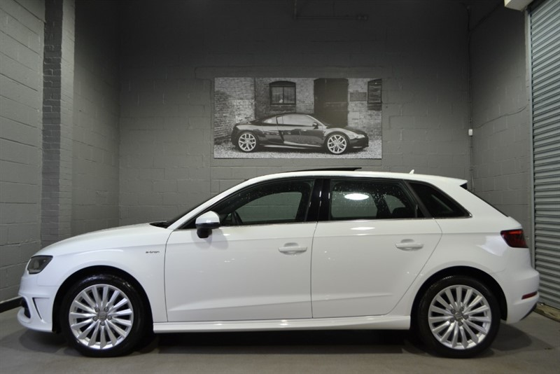 used Audi A3 Sportback 1.4 TFSI e-tron. Pan Sunroof, Leather/Alcantara! in buckinghamshire