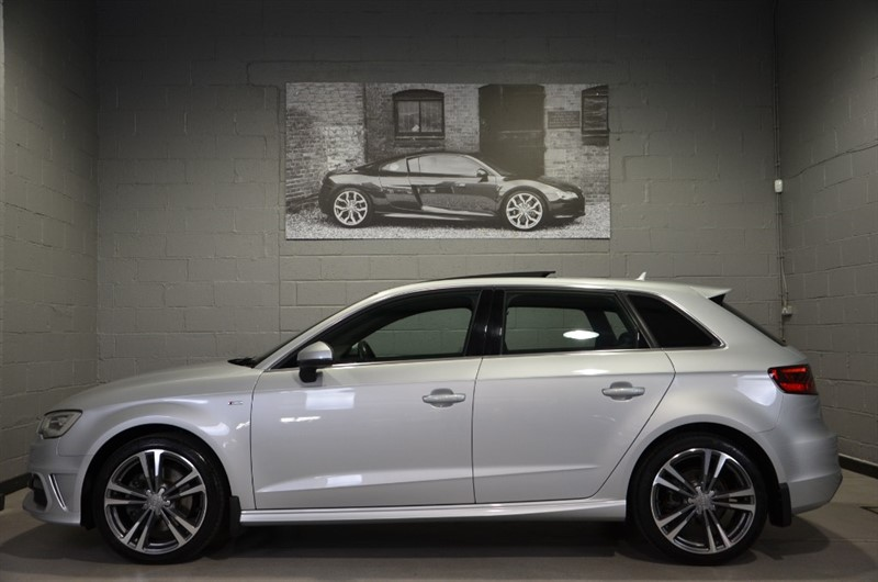 used Audi A3 Sportback TFSI quattro S Line 180PS. Panoramic glass sunroof in buckinghamshire