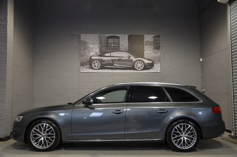 used Audi A4 Avant TFSI quattro S Line 225PS. Panoramic sunroof, Bang & Olufsen in buckinghamshire