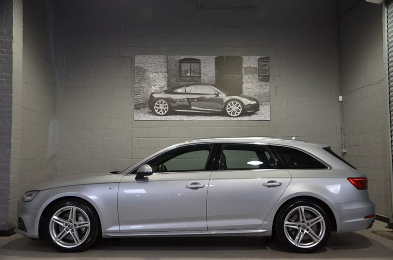 used Audi A4 Avant TFSI quattro S Line 252PS. Electric memory seats in buckinghamshire