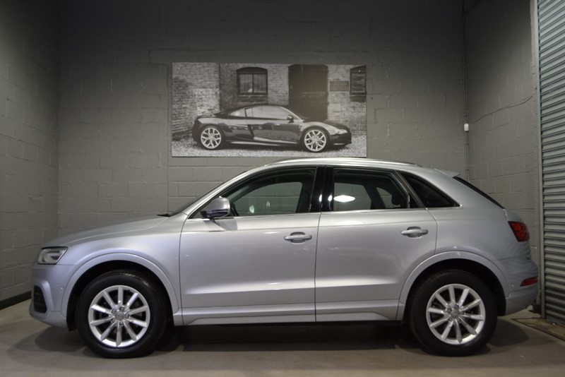 used Audi Q3 TFSI quattro SE (180) S Tronic, Facelift model, over £8000 in options! in buckinghamshire