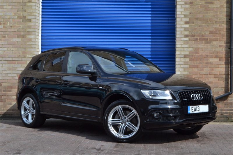 used Audi Q5 TDI 245 quattro S Line Plus. Sunroof, Biggest Spec on the market! in buckinghamshire