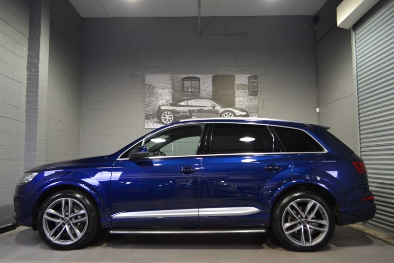 used Audi Q7 TDI quattro S Line 272. Huge spec, sunroof & more! in buckinghamshire