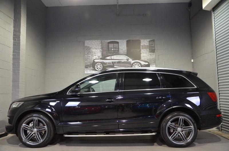 used Audi Q7 TDI 245 quattro S Line Plus 245. Navigation, 21s, Camera in buckinghamshire