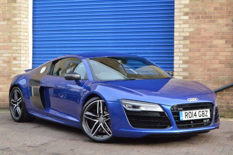 used Audi R8 V10 FSI quattro S Tronic Carbon blades, Quilted leather, Audi wrty in buckinghamshire